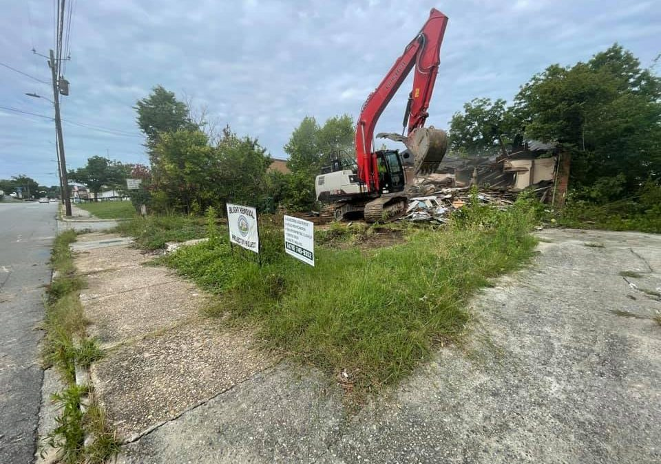 Blighted houses knocked down as part of effort to revitalize Pleasant Hill