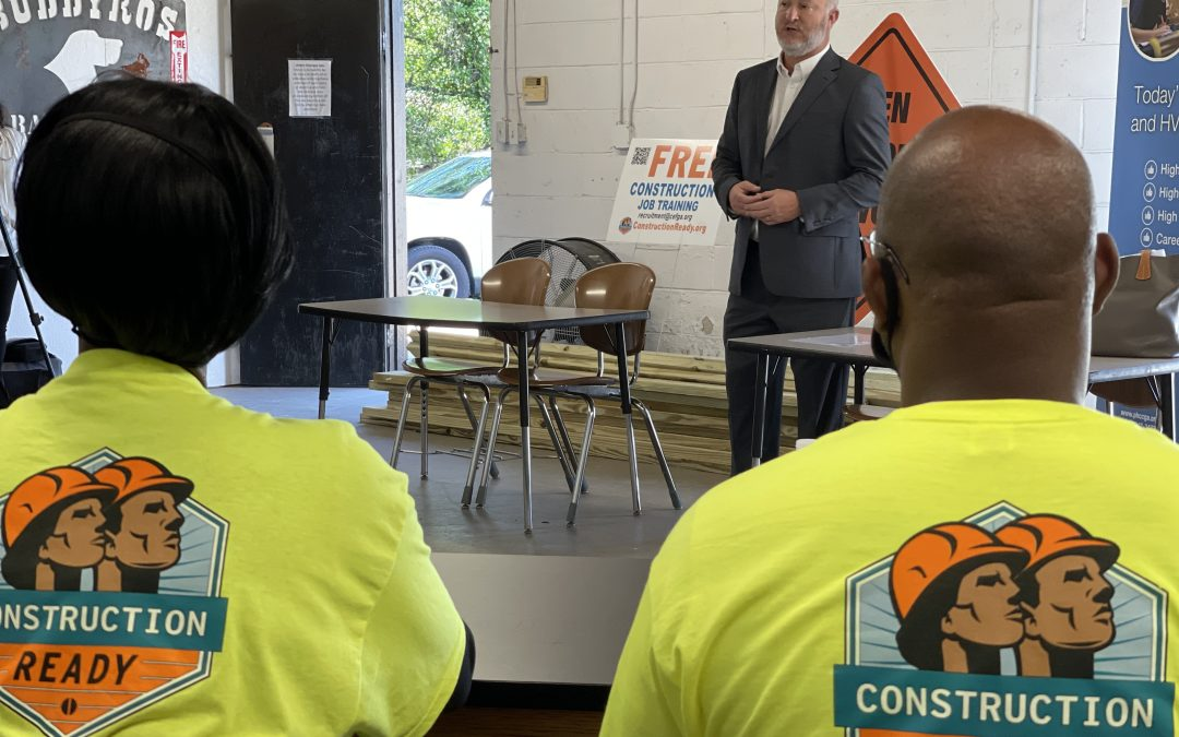 Mayor visits first Macon Construction Ready class